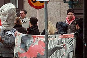Fransa'da 6 PKK'l� tutukland�.20640