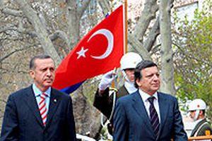 Jose Barroso'nun ziyareti yurt dışında yankı buldu.19798