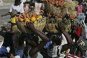 Gıda fiyatları arttı, Başbakan koltuğundan oldu.24405