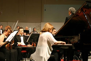 Türk piyanist Mine Doğantan'a Londra'da ödül.43086