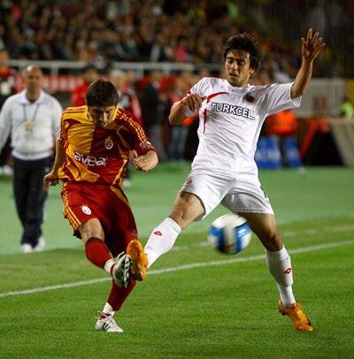 Galatasaray  toparlanamıyor.36251