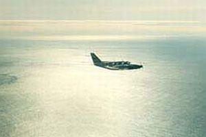 Gine'de uçak denize düştü.7411