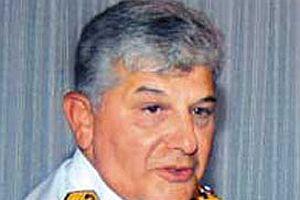 Eski Komutan: