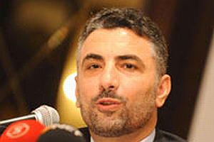 MÜSİAD Başkanı Bolat, AKP'ye açılan davayı eleştirdi.10023