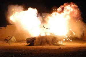 LPG'li otomobilin deposu patladı.41019