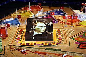 T�rkiye domino rekoru geli�tirildi.25851