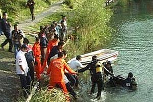 Lise öğrencisi gölette boğuldu.23138
