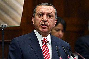 Başbakan Erdoğan'ın yüzüne kağıt fırlattığı bürokrat.12953