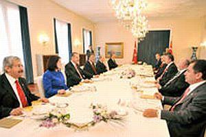 Köşk'te liderlerin buluştuğu yemekte neler konuşuldu?.15360