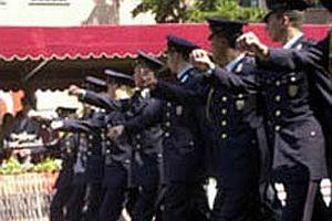 Askeri öğrencilere istifa hakkı.15777