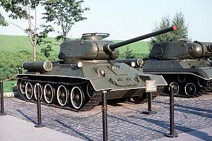 Sırbistan'da 4 tank çalındı.22342