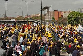 1 Mayıs Sıhhiye ve Tandoğan'da kutlanacak.41864