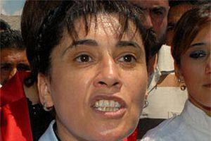 Leyla Zana terörist başını öve öve bitiremedi.13159