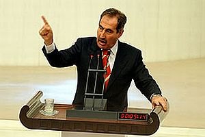 Bakan Günay Meclis'te CHP'li milletvekilleriyle tartıştı.12771