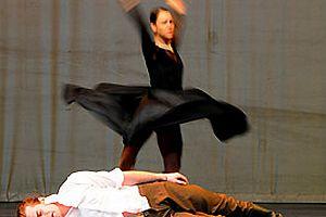 'Yiğidim, Aslanım'' sahnede.10519