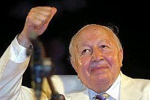 Gül, Erbakan'ın cezasını affetti.11780