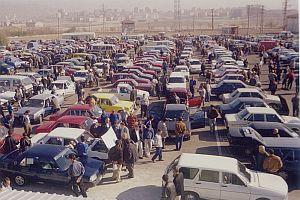 Döviz fiyatları ikinci el otomobil pazarını da etkiledi.41814