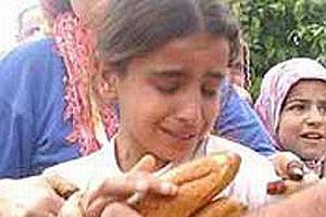 Adana'da halk ucuz ekmeğe hücum etti.15306