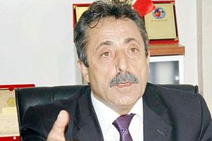 Aybaba istifa etti ancak geri döndü.11799