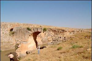 Roma dönemine ait su kanalı bulundu.11756