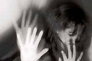 Skandal! Genç kıza ağabeyi ve babası tecavüz etti.8496