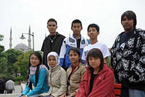 Myanmarlı öğrenciler acı haberi İstanbul'da aldı.15220