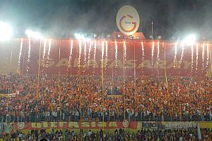 Galatasaray taraftarlarından OFTAŞ maçına büyük ilgi.19735