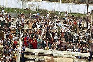 Myanmar'daki kasırga 1.5 milyon hayata mal olabilir.29937