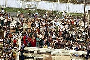 Myanmar'da 1 bu�uk milyon ki�i risk alt�nda.29937