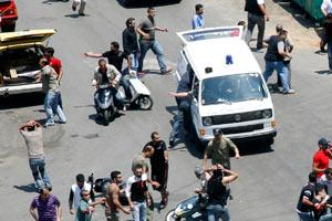Lübnan'da cenaze törenine saldırı.17100