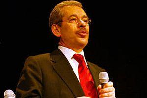 Abdüllatif Şener siyasete girme nedenini açıkladı.8245