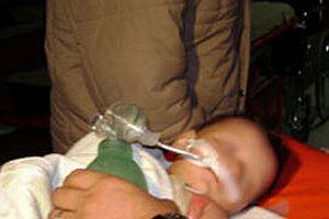 Yanan bebek 6 saat boyunca 4 hastane dolaştırıldı!.10255