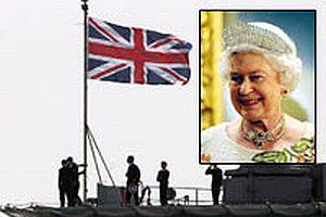 Kraliçe 2. Elizabeth'in uçak gemisinde kaza.13807