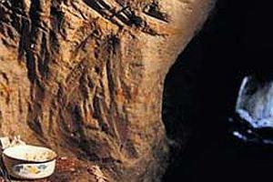Ağrı'da bir mağara cephanelik çıktı.15368