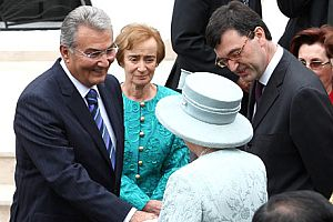 CHP lideri Baykal, Kraliçe'nin partisine neden katıldı?.17442