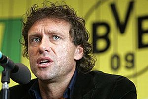 Dortmund'un hocas� istifa etti.14209