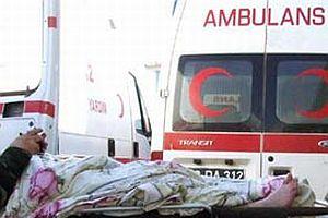 Diyarbakır'da ambulans taşlandı.14888