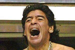 Maradona adeta çıldırdı.12203