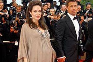 Angelina Jolie, Brad Pitt'i eve almadı!.16250