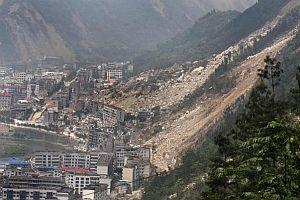 Çin'de depremin ardından ölü ve kayıp sayısı: 80 bin.19200