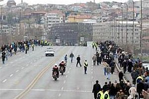 İstanbul'da trafiğe kapatılacak yollar.18087