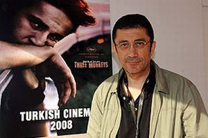 Cannes'da En İyi Yönetmen Ödülü 'Üç Maymun'a.14800
