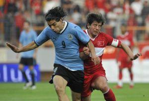 A Milli Takım hazırlık maçında Uruguay'a 3-2 yenildi.13264