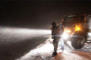 Afyon-İstanbul yolu da kardan kapandı.8796
