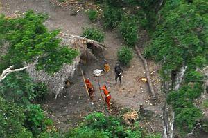 Amazon ormanlar�nda ta� devrinden kalma ilkel kabile.19623