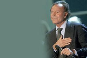 Dünyaca ünlü ''kadife sesli'' Iglesias Bursa'da.6605