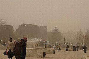 Cizre'yi toz bulutu kapladı.8684
