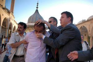 CHP lideri Baykal Güneydoğu'da protestolarla karşılaştı.12982