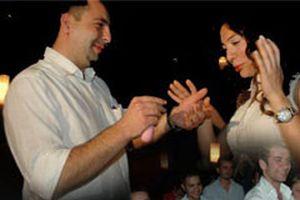 En romantik evlenme teklifi.10591