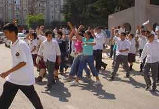 ÖSS'yi protestoya polis müdahalesi.14336